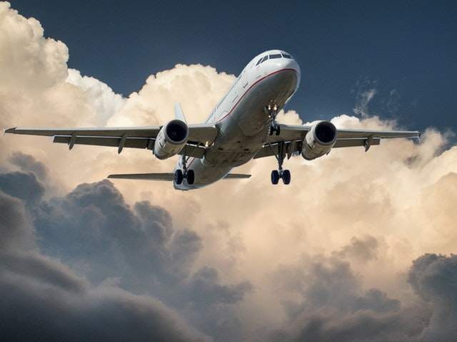 Airplanes: the best way to travel